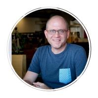 Regard Vermeulen (From South Africa) Graphic designer in New Zealand